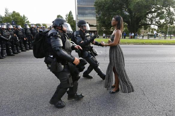 policearrestingpeacefulblackprotestor